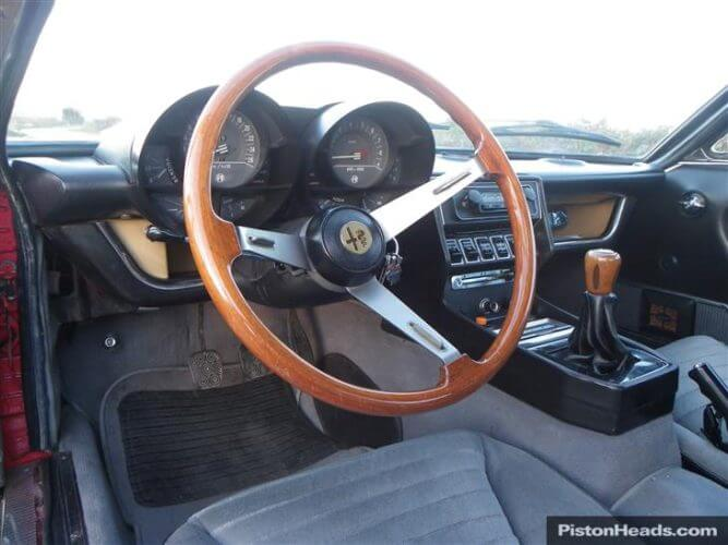 Photo of an Alfa Romeo Montreal dashboard