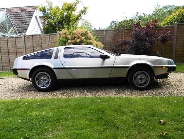 Side shot of a Delorean DMC-12
