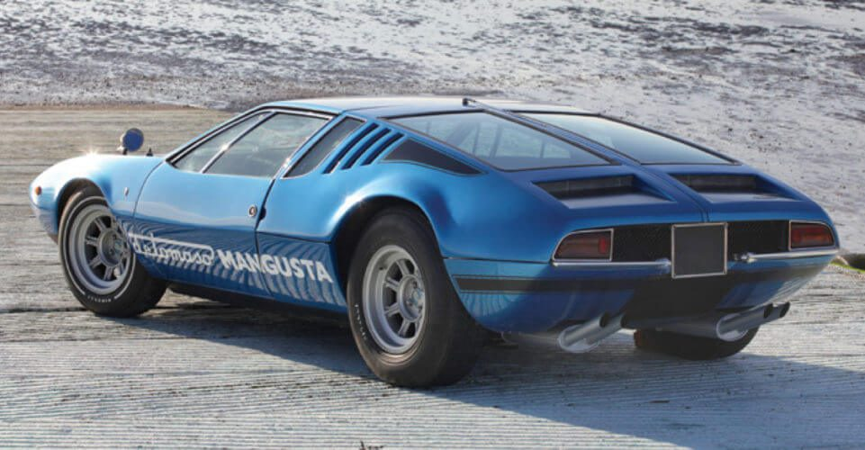 Rear side view of a De Tomaso Mangusta