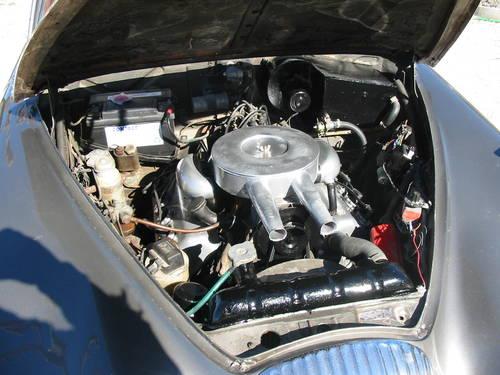 1968 Daimler V8 250 engine bay