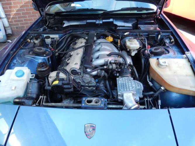 1989 Porsche 944 S2 engine bay