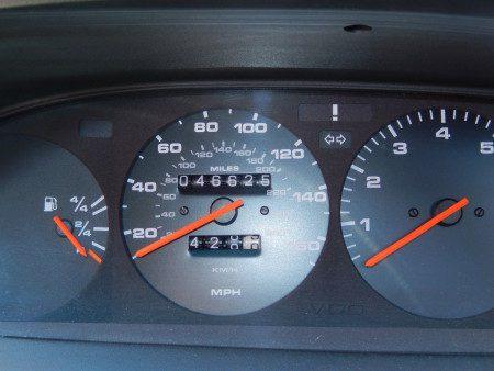 1989 Porsche 944 S2 speedo