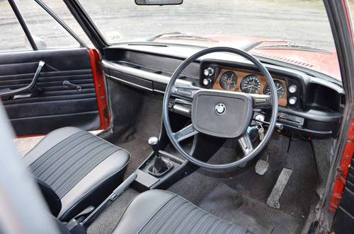 1975 BMW 1502 dashboard
