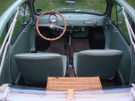 1957 Fiat 500 Vetri Fissi interior