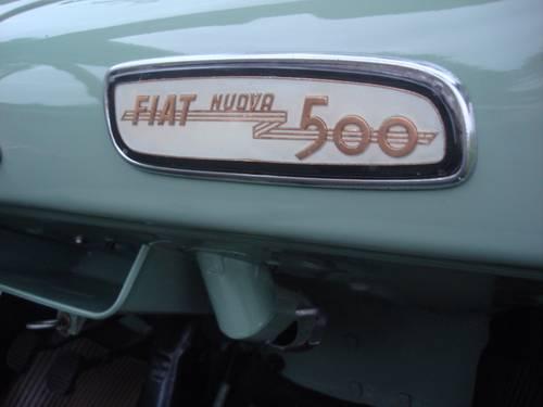 1957 Fiat 500 Vetri Fissi dashboard
