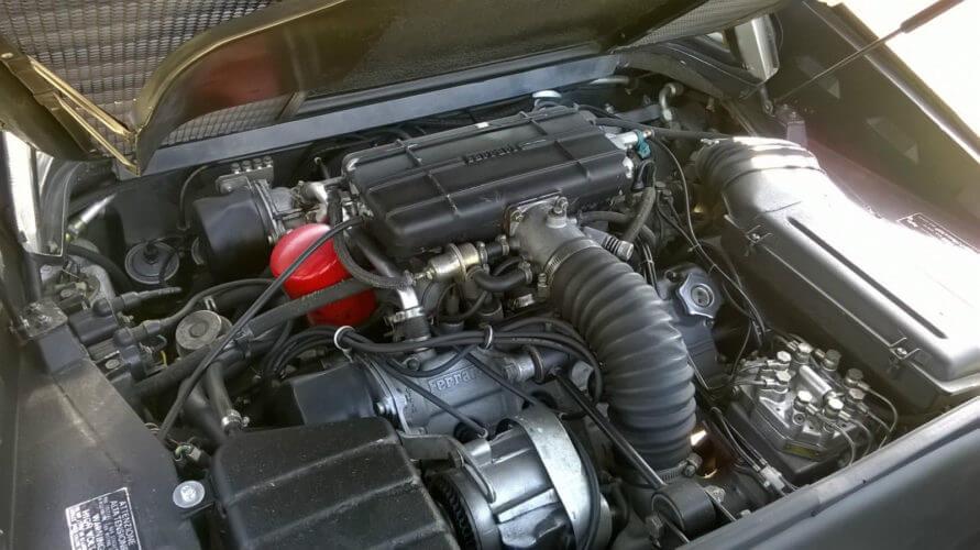 Ferrari 308 GTSi engine