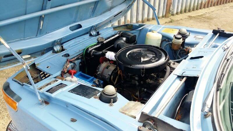 1975 BMW 1502 engine bay