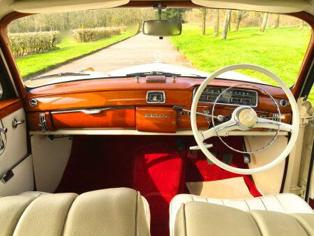 1959 Mercedes 220s Coupe interior