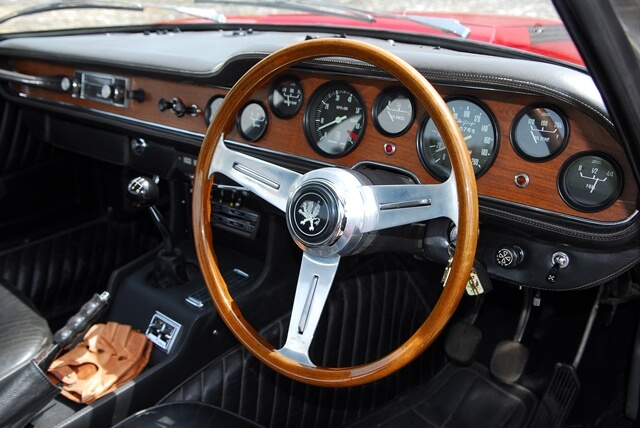 1968 Iso Grifo 7 Litre steering wheel