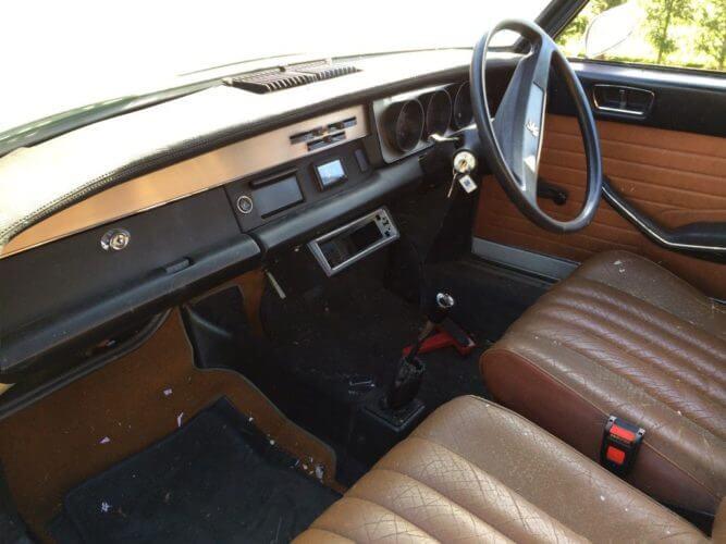 1973 Peugeot 304s Cabriolet interior