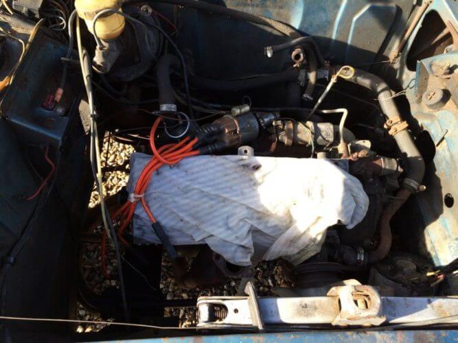 1973 Peugeot 304s Cabriolet engine bay