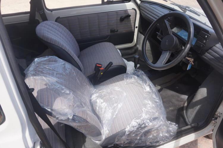 1990 Fiat 126 BIS interior
