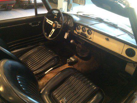 1967 Alfa Romeo Duetto interior