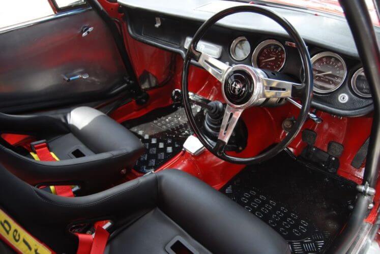1966 Alfa Romeo Sprint GT interior