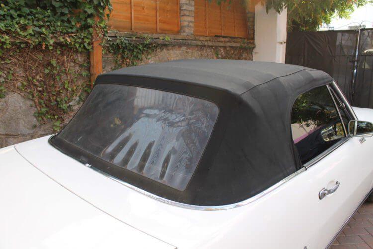 1973 Peugeot 504 Cabriolet roof