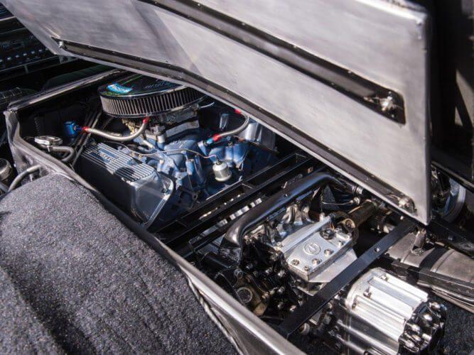 1969 De Tomaso Mangusta engine