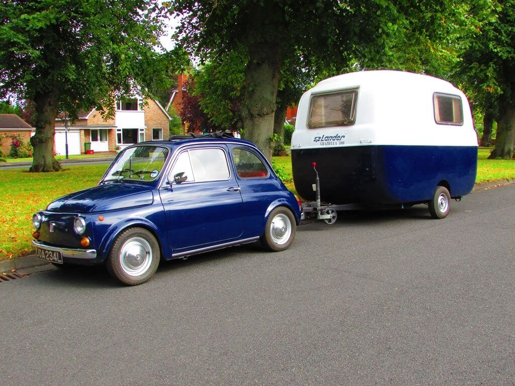 Fiat 500 plus Graziella 300 caravan