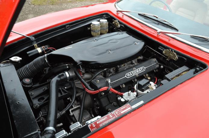 1970 Maserati Ghibli SS engine bay