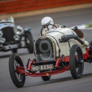 Bentley Drivers Club's 72nd Silverstone race a big success
