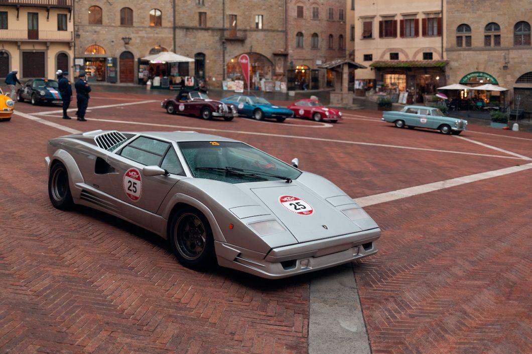 Lamborghini attends 2020 Modena Cento Ore historic tour