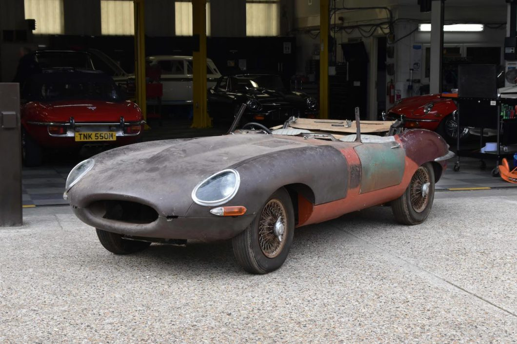 E-type that crashed at Snetterton in 1965 to be restored